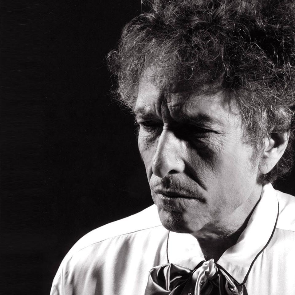 Bob Dylan pubblica la sua prima canzone in 8 anni