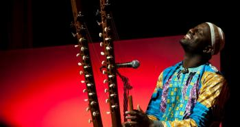 Seckou Keita, 22 Strings